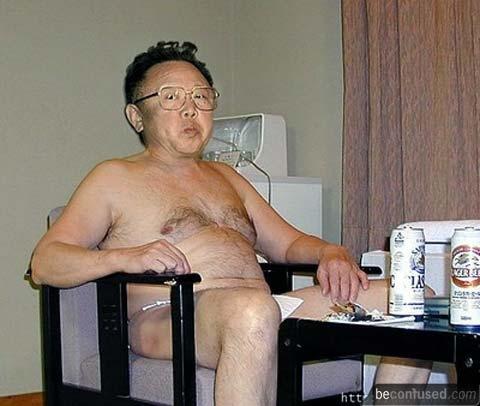 kim-jong-il-naked.jpg